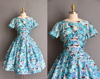 ON LAYAWAY...Couture Marlice De Paris vintage 1950s dress with a vibrant floral print