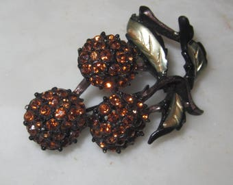 Charming Vintage Cherry Brooch