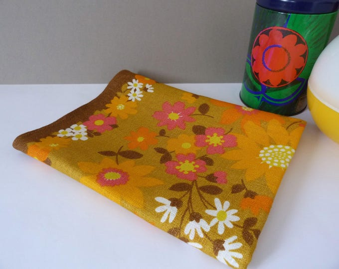 Vintage 1970's flower power tea towel