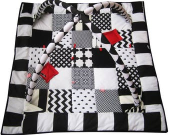 MADE TO ORDER,Friendly Educational Tummy Time Quilt,Picnic blanket,Floor Gym,Playmat,Montessori,educational mat white,black, red