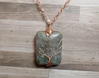 Labradorite Tree of Life Necklace - Labradorite Necklace - Gemstone Tree Necklace - Labradorite Pendant - Copper Rectangle Necklace