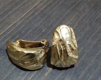 Textured Golden Metal Vintage Clip On Earrings