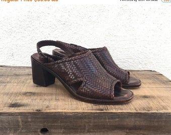 20% Off Sale 90s Vintage Italian Cole Haan Sandals Woven Brown Block Heel Slingbacks Preppy Modernist Ladies Size 5.5-6