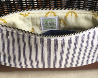 NAVY & beige TICKING STRIPE fabric wristlet/clutch purse:faux leather bottom | navy stripe | green dandelion lining | navy linen pocket