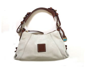 Authentic Dooney & Bourke White Pebbled All Leather Purse