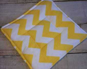 Pot Holder, Hot Pad, Potholder, Fabric Pot Holder, Fabric Hot Pad, Oven Potholder, Oven Hot Pad, Kitchen Potholder-Yellow Chevron