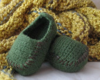 Green Wool Crochet Felted Moccasin Baby Bootie, Sizes S M L, Made to Order, Top Stitched brown, Babies First Loafers, Baby Toddler Moccasins