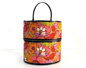 Groovy Vintage Hat Box / Kanner Hippie Flower Wig Carrier / Vintage luggage / Fashion Storage