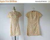 SALE Flower Child /  60s dress / vintage 1960s dress