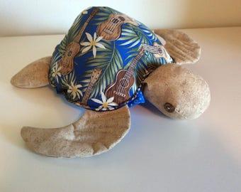 Hawaiian Honu, turtle with a heart, ukulele fabric