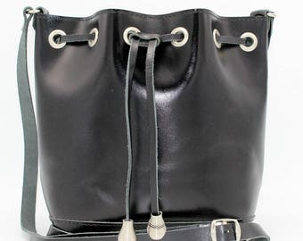 Black Leather Bucket Bag,Black leather crossbody bag,Black Leather Pouch Drawstring,Leather Shoulder Bag womens ,sacoche femme cuir noir