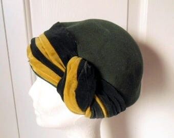Vintage collectable forest green Hat