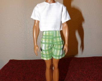 Green plaid shorts & short sleeved white shirt for male fashion dolls - kdc105