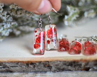 Flower earrings / flower jewelry/ baby's breath flowers / dangle earrings /gift for a woman/ gift under 30
