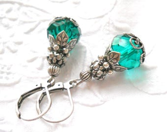 green victorian earrings green earrings emerald green earrings filigree earrings green and silver emerald earrings green earrings