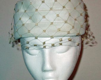 Vintage Ladies White Dress Hat with Cream Netting