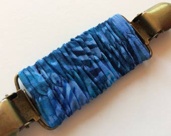 Blue Wave Batik Cinch Clip ~ Summer Batik