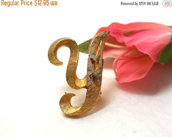 SALE Vintage Initial Letter Y Script Brooch signed MAMSELLE 70s Mother YaYa Retro Fashion