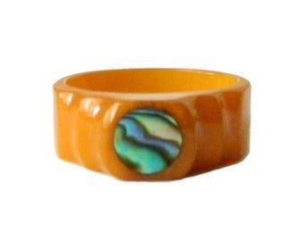 Vintage Butterscotch Bakelite Ring Size 9
