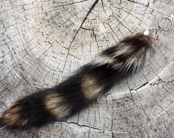 Raccoon Tail Keychain - Natural Raccoon Tail - Fur Tail - Coon Tail - Unique Fur Accessory - Hunter Gift - Trapper Gift - Fur Keychain