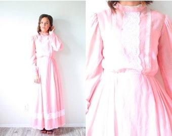 30% OFF SALE Vintage maxi pink boho lace dress // long sleeve peasant lace maxi dress // pink summer maxi dress // lace sleeve modest maxi g