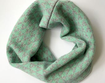 SAMPLE SALE Knitted lambswool cowl / snood in mint green / grey colour geometric arrow design, knitted in the UK - 100% wool