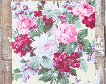 Pink Cabbage Roses Floral Pattern 30s 40s Vintage Buttercream Fabric Decorative Throw Pillow Cushion