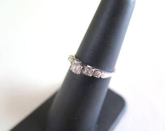 14k Gold and Diamond Ring SZ 5.5