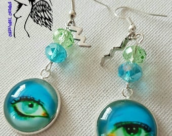 David Bowie Silvertone Cabochon Life on Mars eye Pop Art charm earrings. 18mm cab.