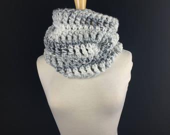 Hooded cowl, Gray cowl, chunky infinity scarf Chunky Cowl Snood, Crochet scarf, Knit scarf, Scarf crochet,  (The Harvard Warmer Marble)
