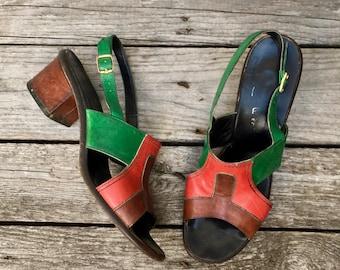 7.5-8 | 1960's Block Heel Open Toe Sandals in Red & Green Leather
