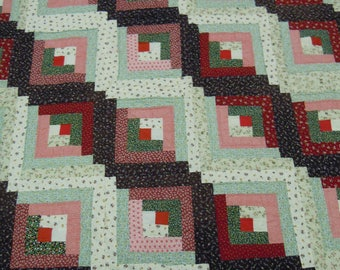"Quilt log cabin vintage 69"" x 71"" hand quilted red green brown 1980's cotton fabrics and batting"