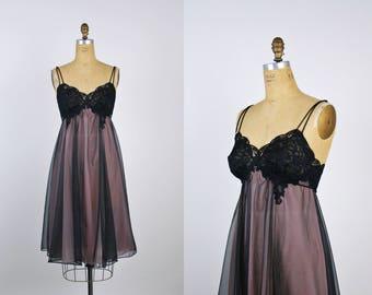 70s Black and Pink Bullet Bra Slip Dress / 1960s / Wedding Nightgown / Black Lace / Vanity Fair / Size S/M