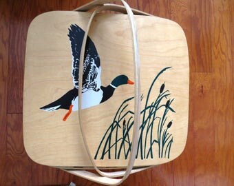 Vintage Wooden Picnic Basket Pie Cake Carrier - Painted Duck Geese Cattails - Basketville Putney Vermont - Collectible - Storage Home Decor
