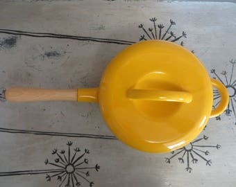 Vintage Enamel Pot Sauce Pan Sauce Pot Covered Pot Mid Century Enamelware Yellow Enamelware Yellow Cookware