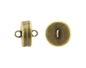 Magnetic clasp for jewelry and bracelet.