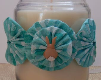 Yo Yo Candle Tie with Aqua Sparkle Fabric and Brown Cottontail Bunny