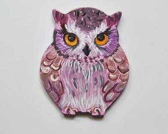 Owl Magnet. Hand Painted Feather Bird Mini Artwork. Fridge Kitchen Decor. Set of 1 MDF shape Owl