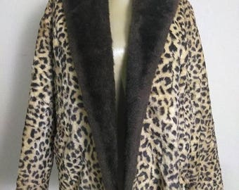 On Sale Vintage 60's Faux Fur Leopard Cheetah Fur Coat Jacket Women's L Jaguar Mad Men Mod Winter Essential Union Label Tag Mid Century