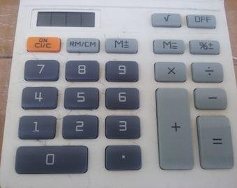 Calculator Canon hand held made Japan