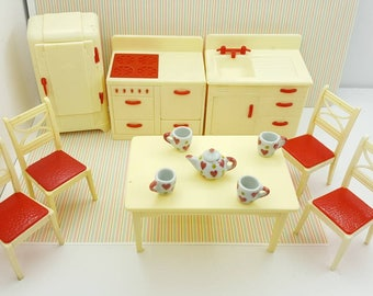 Renwal Red and White  Retro  Kitchen Toy Dollhouse Fridge Stove Sink Table and Chairs