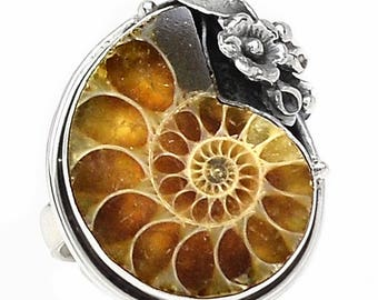 Fossil ammonite ring in Sterling Silver. sz 8