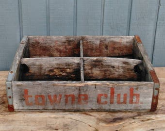 Vintage Towne Club Crate - Soda Crates - Pop Crates - Wooden Crates - Storage Crate - Cottage - Farmhouse