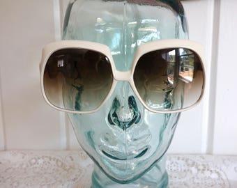 Vintage Glamorous Retro HUGE Big Very 1980s White Gradient Glasses Sunglasses Liz Taylor New Dead Stock Italy