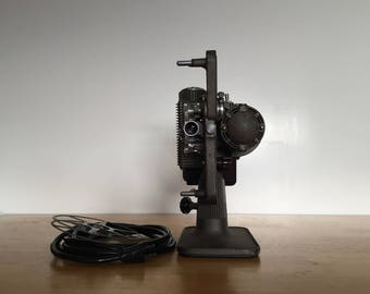 8MM Projector Revere Eight / Art Deco / Vintage / Motion Picture / Cinema / Home Video