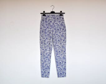 Vintage High Waist Blue and White Floral Cotton Leggings