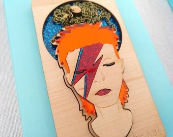 Wood David Bowie necklace