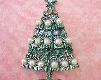Lovely Vintage Christmas Tree Brooch with Faux Pearls and Rhinestones