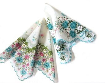 Turquoise Roses and Daisies Floral Hankies Set Scalloped Wide Border Prints Something Old Something Blue Bridal Hankie Crafts