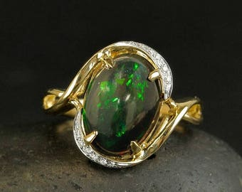 ON SALE Black and Green Australian Opal Heirloom Ring - Diamond Setting - 18kt Yellow Gold